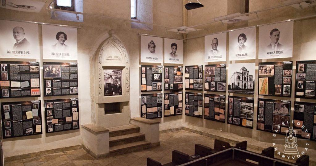 Az Elfeledett soproniak kiállítás belső képe az Új utca 11. szám alatti zsinagóga térben.
